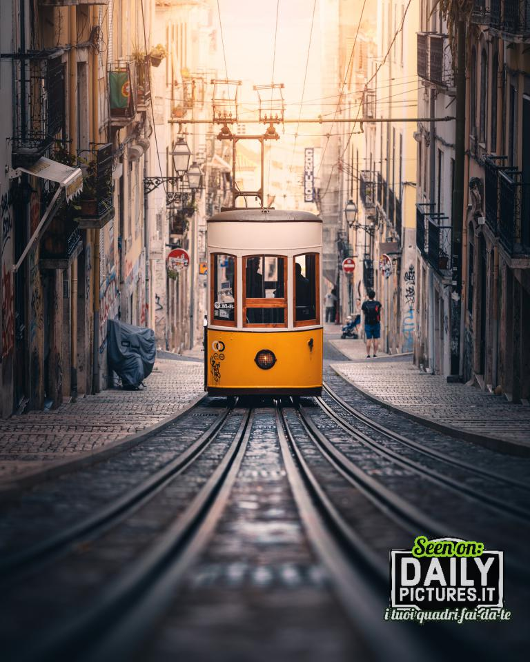 Binario in salita - Lisbona