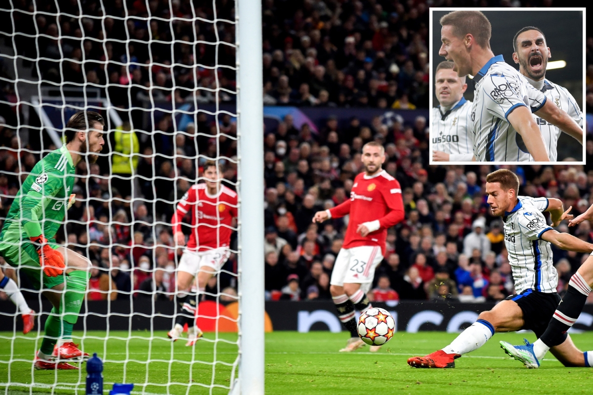 Watch two Chelsea rejects pile pressure on Solskjaer as Zappacosta crosses to Pasalic to score for Atalanta vs Man Utd