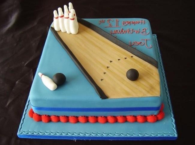 Kue Ulang Tahun Bowling