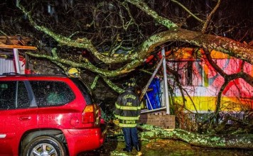At least 3 dead as tornadoes sweep across Deep South
