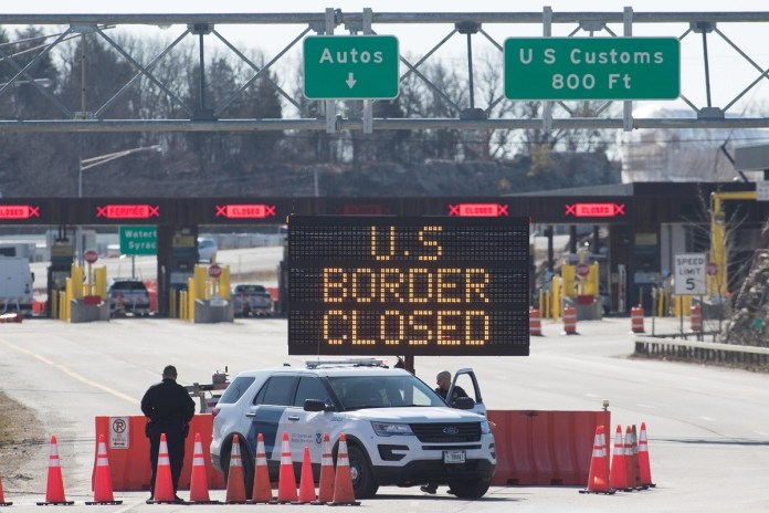 Canada closed border with US for another 30 days