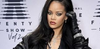 Rihanna apologises for Islamic verse at lingerie show