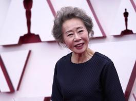 Chloé Zhao makes Oscar history, winning best director