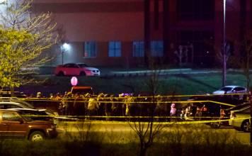 Eight dead at FedEx facility
