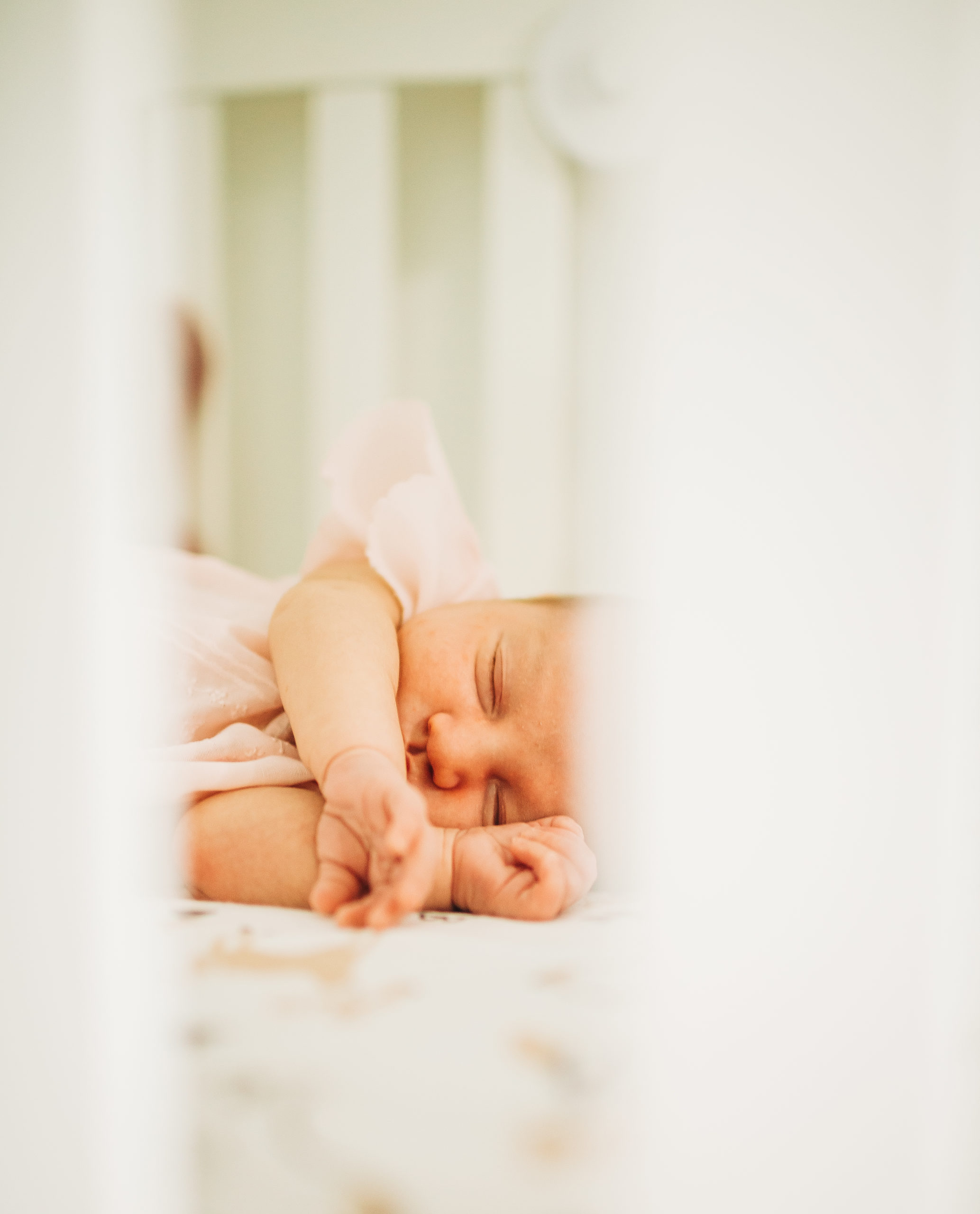 Miami_NewbornSession-11-1-scaled Why you must plan a lifestyle newborn sessions and how to prepare for it