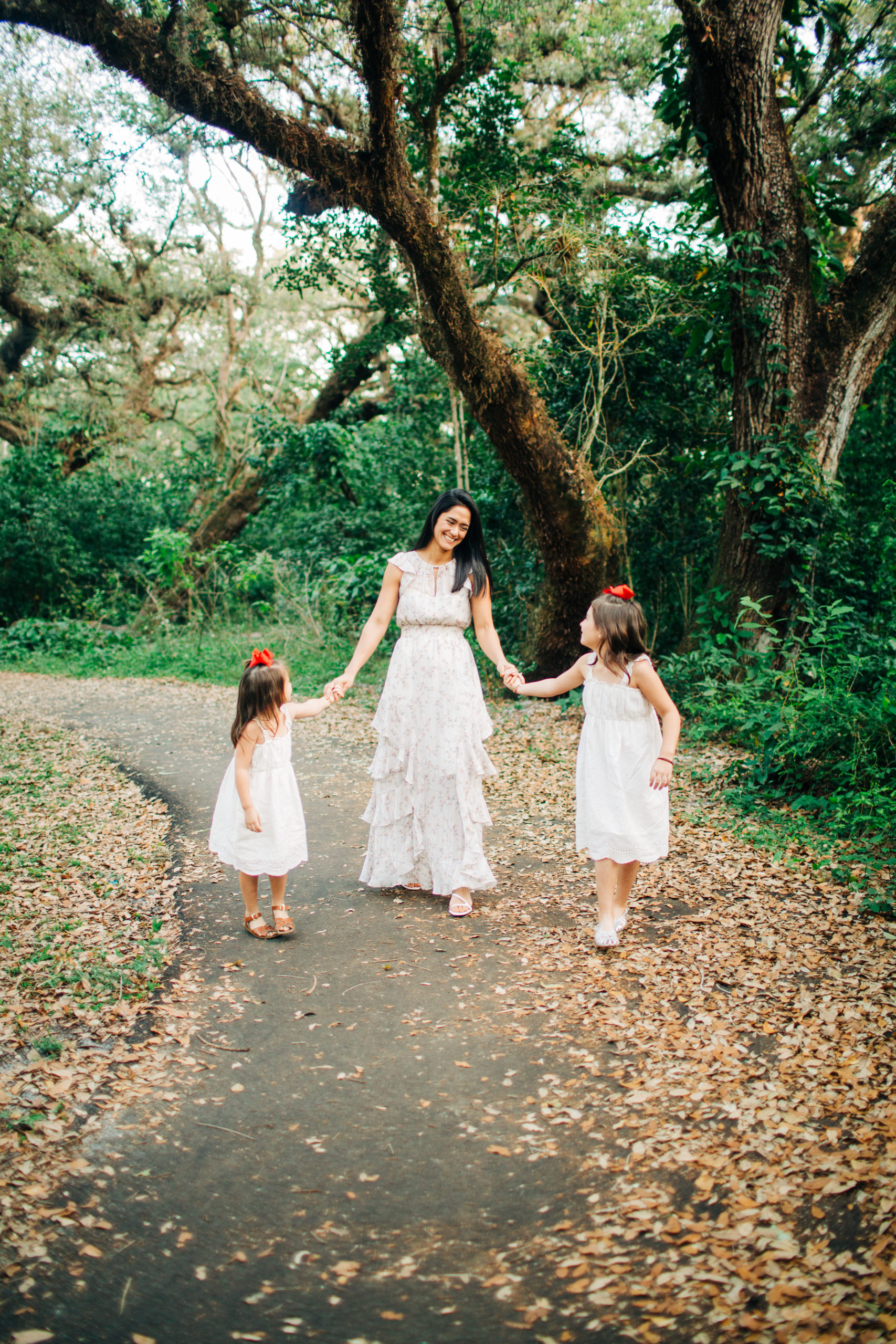 MotherhoodSessionPark_Miami-7-scaled Magical Motherhood Session - Tree Tops Park