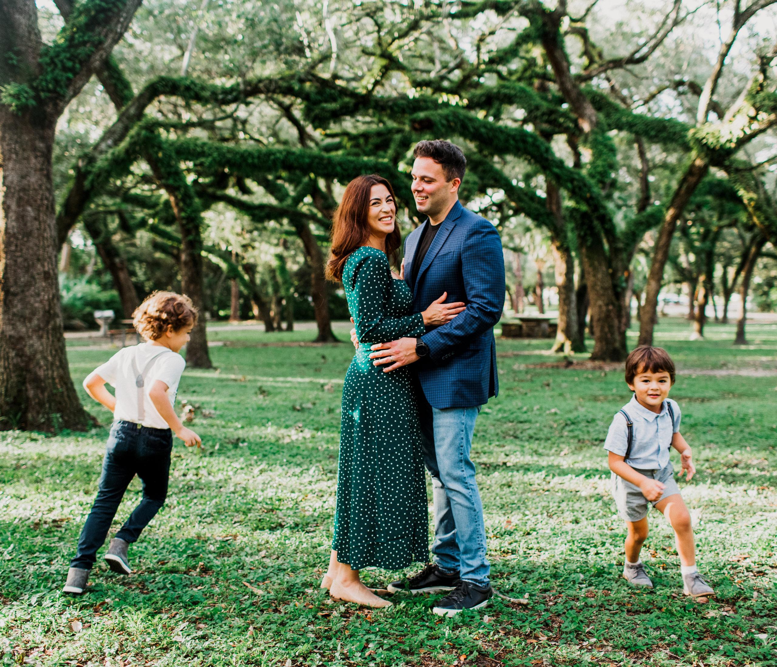 MiamiFamilyPhotoSession-14-scaled Family Photo Session at the Park - Villa Family