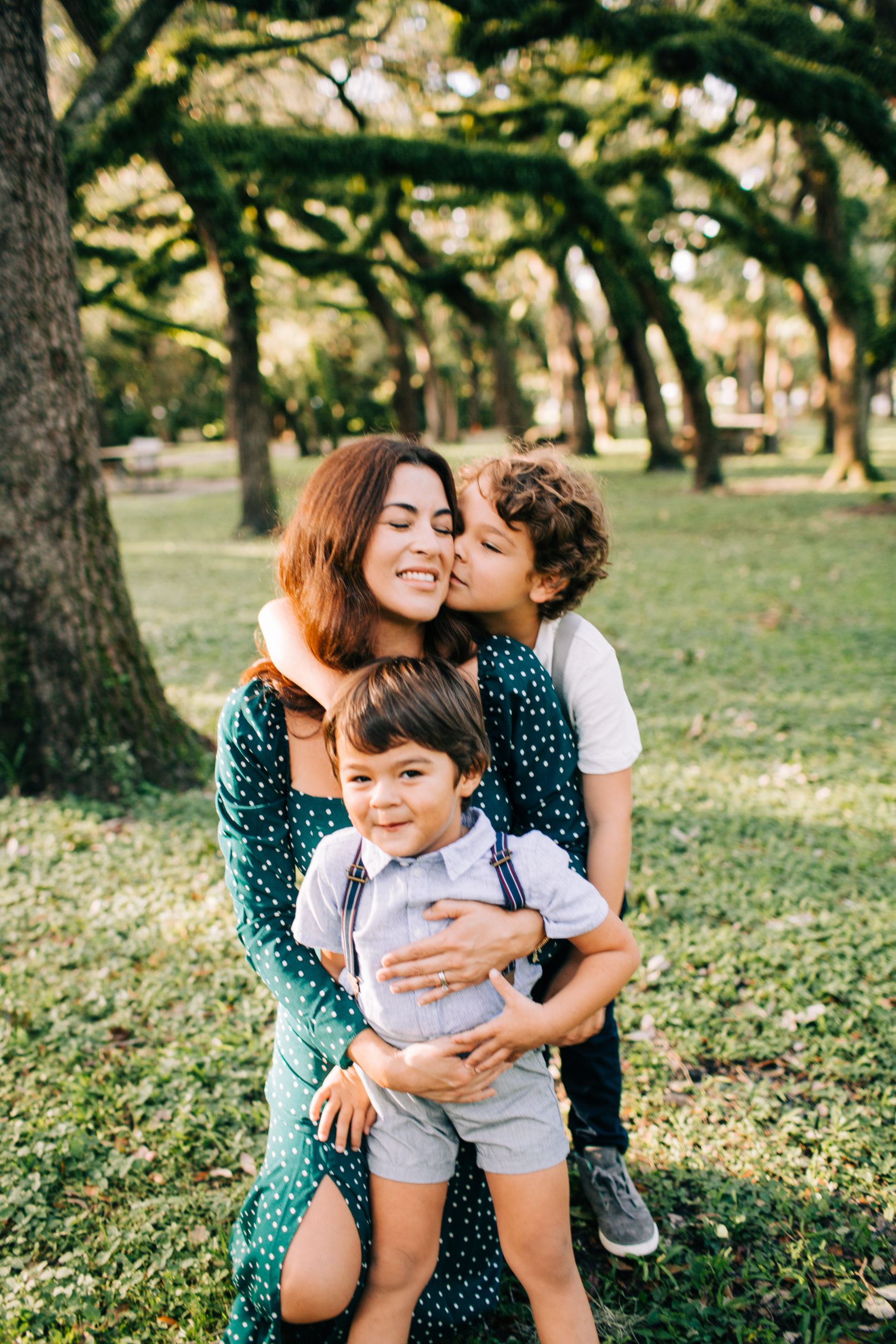 MiamiFamilyPhotoSession-4-scaled Family Photo Session at the Park - Villa Family