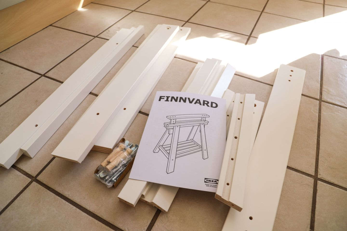 Ikea Finnvard table legs hack