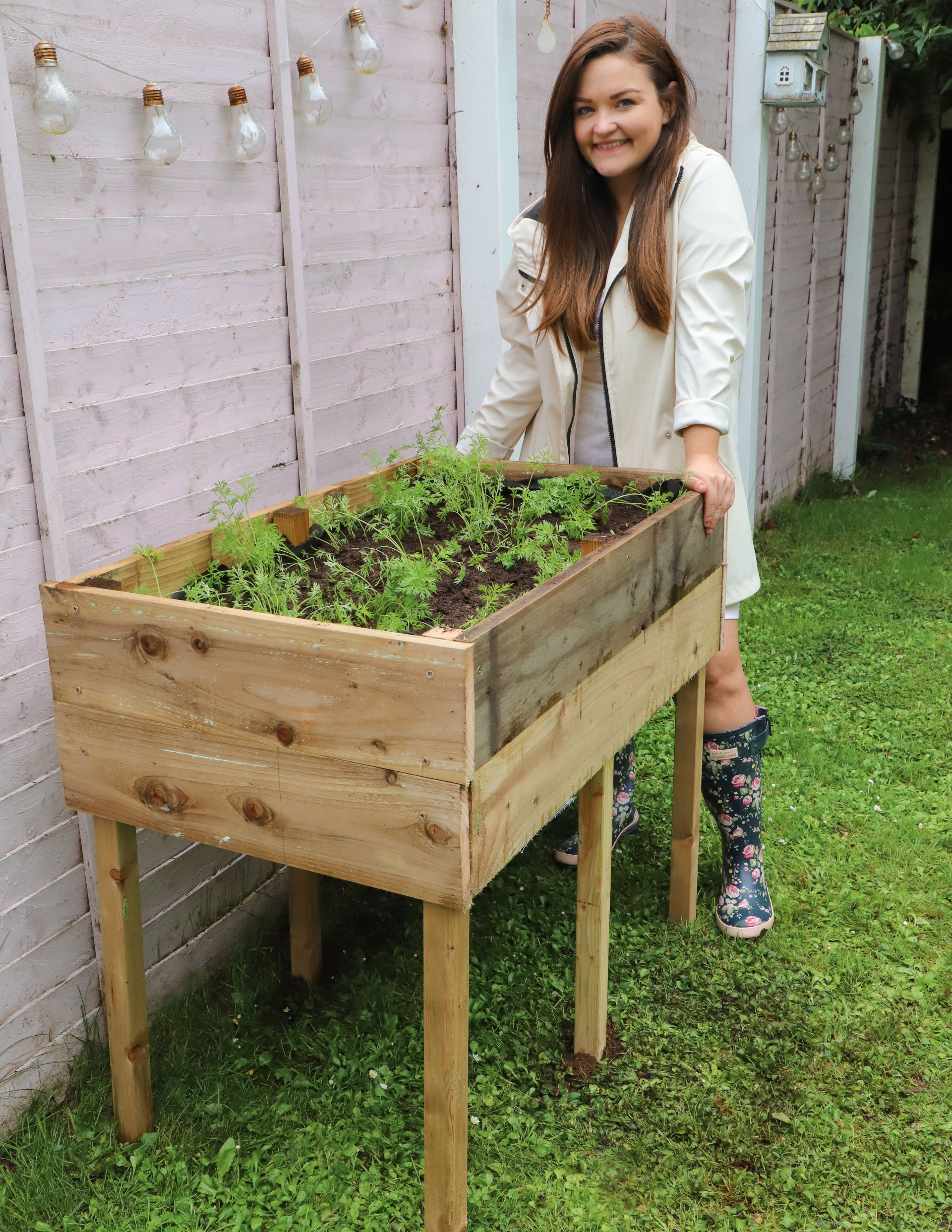 How to make a raised garden bed with legs! - Dainty Dress Diaries