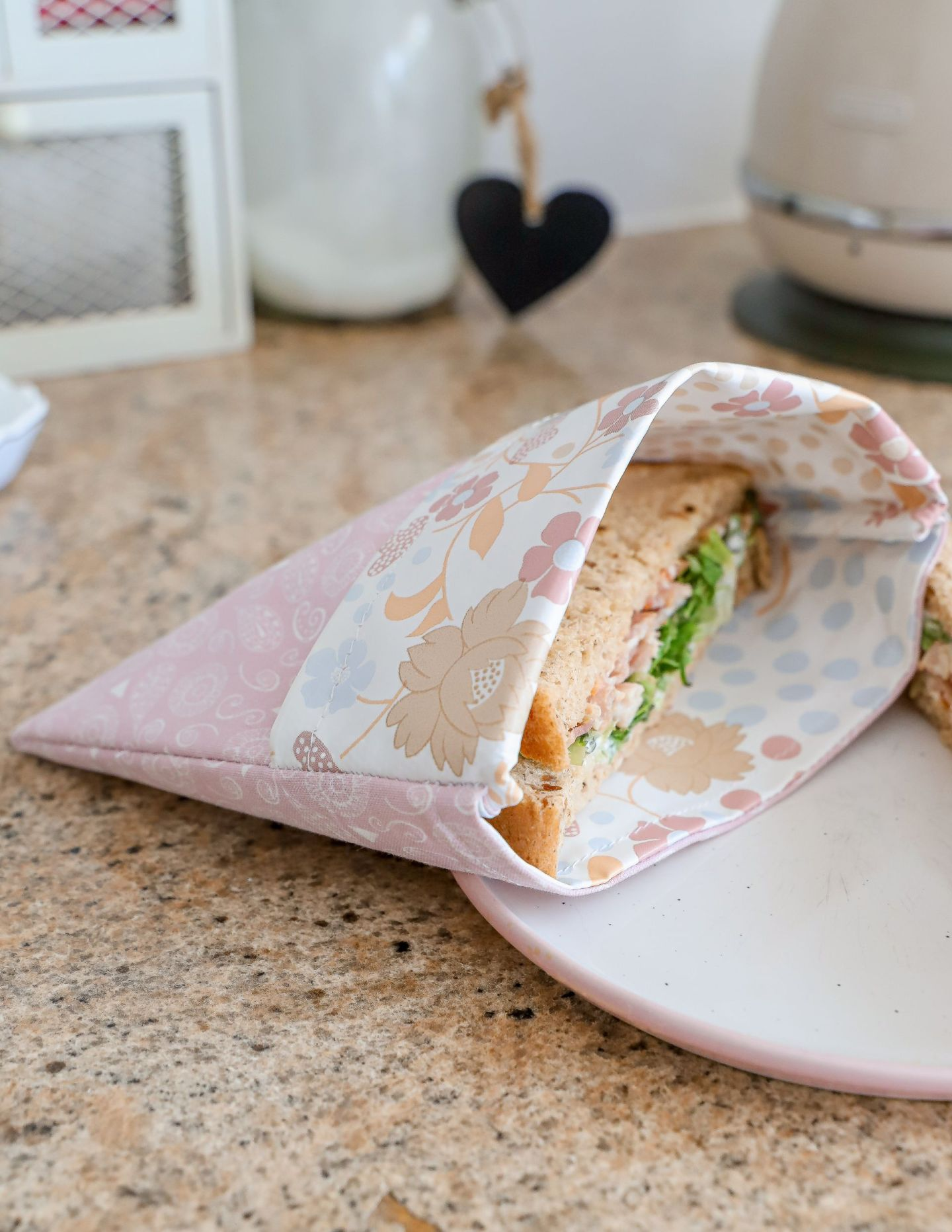 How to make a reusable sandwich bag