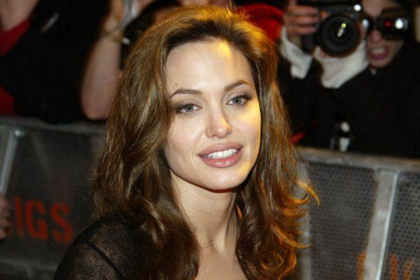 wenn20677715 e1501527414752 - Todas Las Cirugías de Angelina Jolie