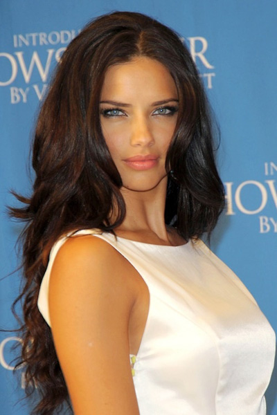 dark skin hair color - ¿Adriana Lima Abandona Victoria's Secret?