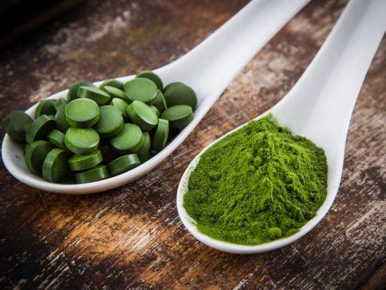 vitamins supplements herbs herbs is chlorella good for health 1440x1080 496478501 e1512478069570 - Plan de Desintoxicación con Chlorella