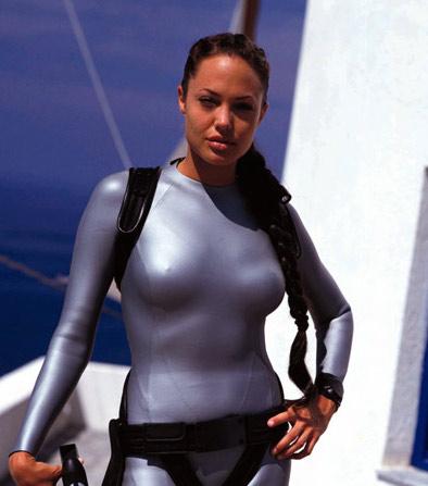 lara croft tomb raider 1 - La Operación Cuerpo de Angelina Jolie