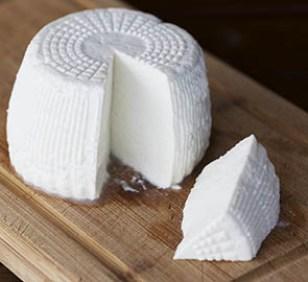 11+1 αλήθειες για τα ελληνικά τυριά τυρογάλακτος