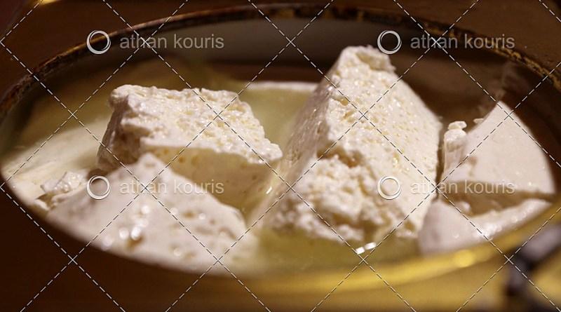 Οπές στα ελληνικά τυριά – Ο δρόμος προς την Αναγέννηση
