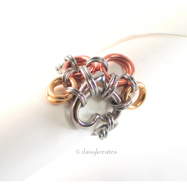 Paw Print Chainmaille Finger Ring in Solid Mixed Metals