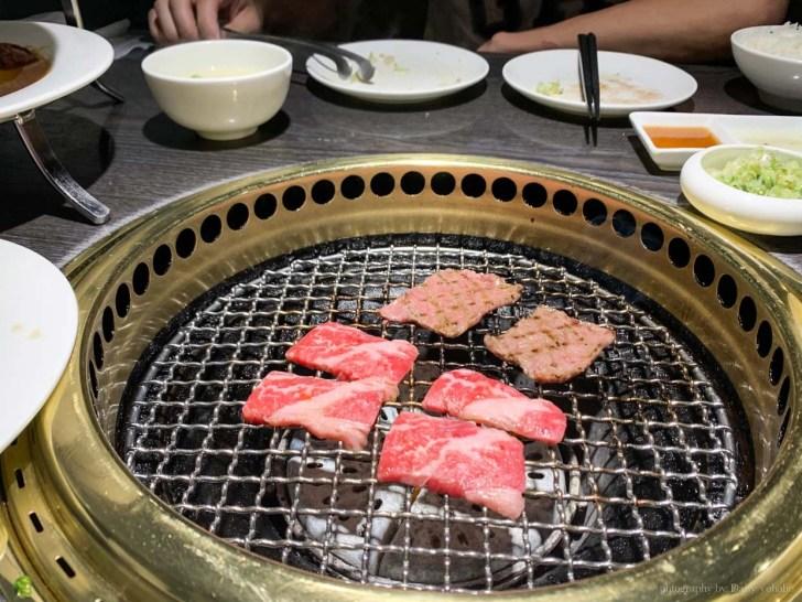 taichungg 13 - 屋馬燒肉 園邸店 | 沒訂位?等到宵夜場 23:30 才吃到的台中人氣燒肉店!!