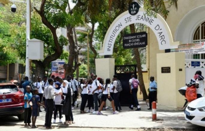 ÉDUCATION / Les filles voilées de Sainte Jeanne d'Arc de Dakar reprendront le chemin des classes ce 19 septembre.