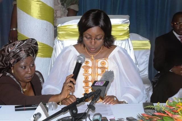 Premiere-dame-guinee-conakry-Diplome-afrique-jewanda2-1