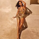 Rihanna-5-1024x1024