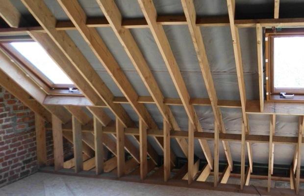 Hellend dak isoleren  Werkwijze en prijsadvies