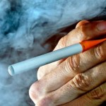 rokok elektrik e cigarette halal atau haram-dakwah.id