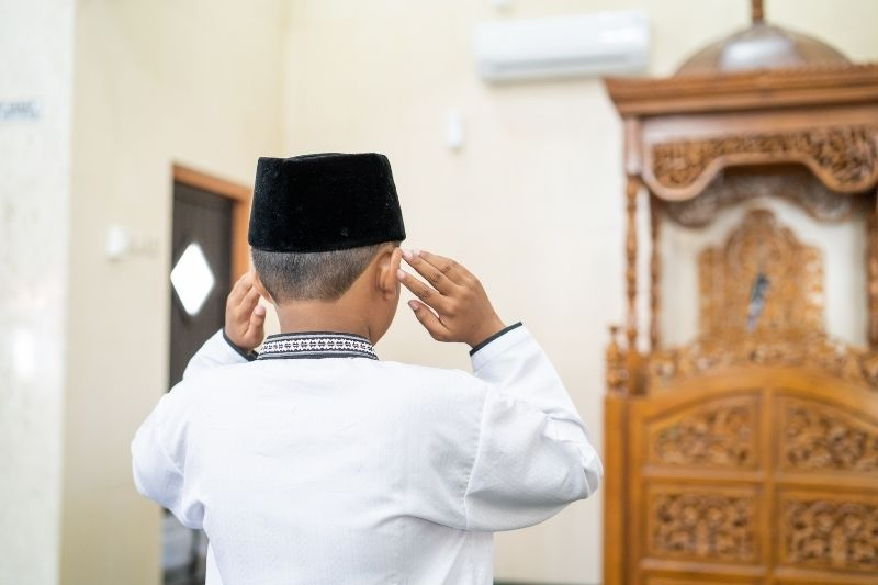 Kesalahan Orang Tua dalam Mendidik Anak dakwah.id