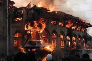 Masjid Terbakar (Ilustrasi)