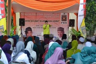 Peringatan Maulid Nabi, PHBI yang rutin dilaksanakan oleh PKS (foto: sbb/dakwatuna.com)