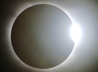 Ilustrasi. Gerhana Matahari Cincin. (inet)