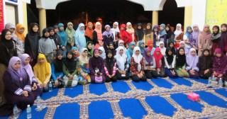 Mahasiswi UTP dan Para Pekerja di Ipoh Malaysia