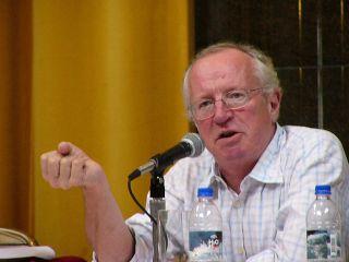 Robert Fisk, koresponden surat kabar Independent khusus Timur Tengah