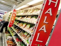 Salah satu sudut super market yang menjual produk halal (inet)