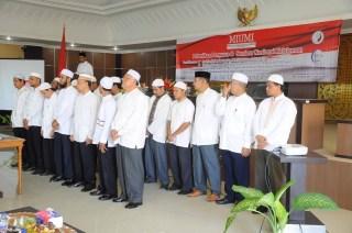 Pelantikan pengurus MIUMI Aceh periode 2013-2015 di Aula Mahkamah Syar'iah Aceh, pada hari Sabtu, tanggal 31 Agustus 2013 di Banda Aceh