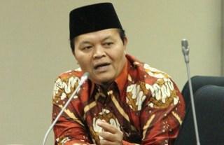 DR. HM Hidayat Nur Wahid MA, Ketua Fraksi PKS (foto: dakwatuna)