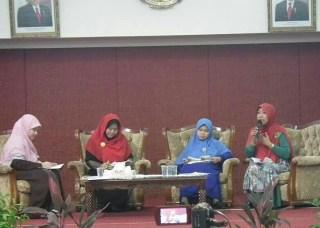 Peringatan hari Ibu dan Bedah Buku Role Juggling di KBRI Kuala Lumpur
