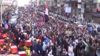Demonstrasi di Alexandria diikuti ratusan ribu peserta, kemarin (20/12/2013)