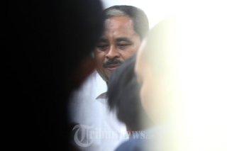 Lutfi Hasan Ishaaq di Pengadilan Tipikor (Foto:tribunnews)