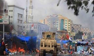 Tenda di Rabiah Adawiyah dirobohkan dan dibakar (alnaharegypt.com)