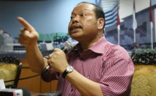 Ketua komisi VII DPR, Sutan Bhatoegana (Foto: tribunnews.com)