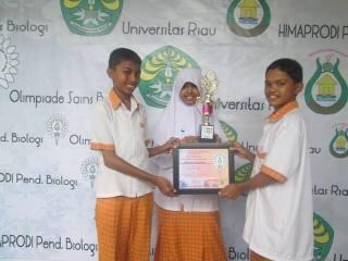 Tim SMP Juara Peraih Juara Olimpiade Sains Tingkat Riau. (Foto: rz)