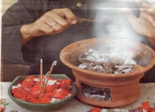 Salah satu ritual dalam praktek perdukunan - Foto: rimanews.com