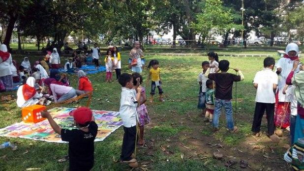 Tempat penitipan anak dekat lapangan Imam Bonjol saat kampanye PKS di Sumbar, Selasa (25/3/2014). (Foto: Dok PKS)