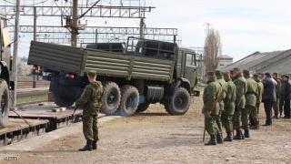 Kendaraan militer Rusia sampai di Semenanjung Krimea melalui jalur kereta api (skynewsarabia.com)