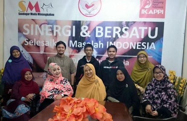 Silaturahim AILA Indonesia, ITJ, dan GENAM di Rumah Damai Indonesia (RDI), Selasa (19/8/2014), yang membahas tentang maraknya propaganda LGBT. (ist)