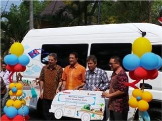 Mobil Klinik Indosat untuk di kelola oleh RZ.  (sayasih/rz)