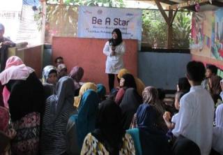 Launching Program Be A Star PKPU di Rumah Belajar IQ Media yang terletak di Jl. Raya Bogor KM 40,7 Cimanggis Depok.  Ahad (31/8/14).   (Siti/kis/pkpu)