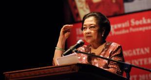 Megawati Soekarno Putri kembali terpilih sebagai Ketua Umum PDIP periode 2015-2020. (tokohindonesia.com)